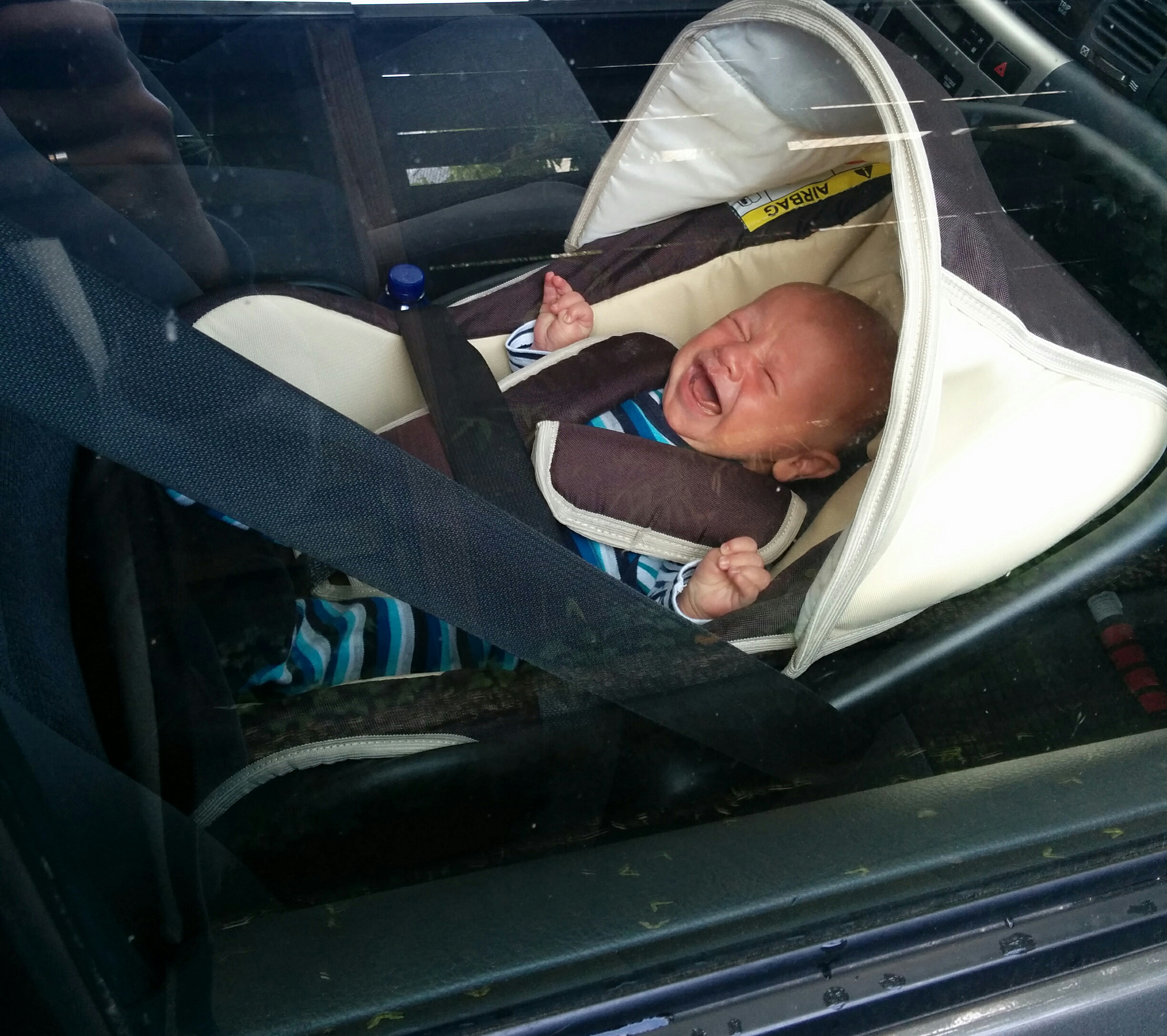 Never Leave Your Child Unattended In A Car